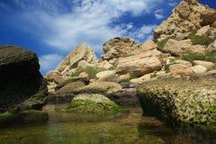 Steine auf dem Wasser Lizenzfreie Stockbilder