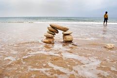 Steine auf Strand Stockbilder