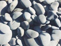 Steine auf Strand Stockbild