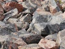 Steine an der Küste des Finnischen Meerbusens Stockbilder