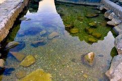 Steine im Meer Stockbilder