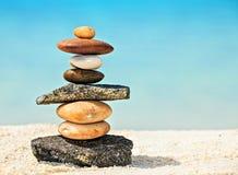 Steine sind auf Strand Lizenzfreies Stockfoto