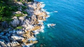 Steine und das Meer Stockfotografie