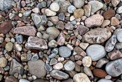 Steine und Kiesel lizenzfreie stockbilder