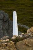 Steinhaufen, der die internationale Grenze zwischen Kanada und den Vereinigten Staaten markiert Stockfotos