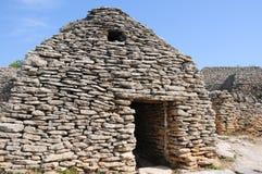 Steinige Hütte im Bories Dorf in Frankreich Lizenzfreies Stockbild