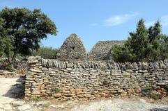Steinige Hütte im Bories Dorf in Frankreich Lizenzfreie Stockbilder