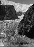 Steinkennzeichenweise des Gletschers Stockfotos