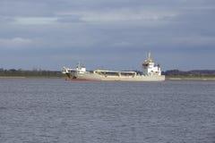 Steinkirchen (Alemania) - buque de la draga de la succión en el Elba Fotografía de archivo
