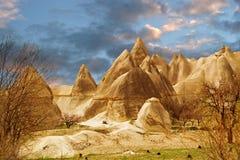 Steinklippen sieht wie Häuser einer Fee im Liebestal aus lizenzfreies stockbild