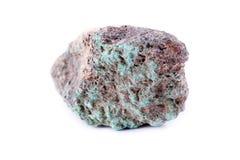 Steinmakromineralmalachit auf einem weißen Hintergrund Stockbild