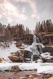 Steinsdalfossen-Wasserfall Lizenzfreie Stockfotografie
