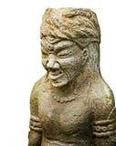 Steinskulptur des alten Kriegers lokalisiert auf weißem Hintergrund Stockbild