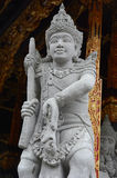 Steinstatue einer alten Gottheit Stockfoto