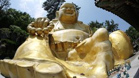 Steinstatue von Buddha, von Gottheit, von heiligem Tier und von Geschöpf stockfotografie