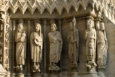 Steinstatuen, Reims-Kathedrale, Stockfotos