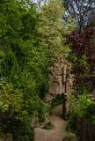 Steinstruktur im englischen Garten Paris lizenzfreies stockbild