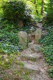 Steintreppe geht irgendwo Stockbild