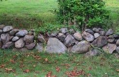 Steinwand auf Block-Insel 2 Stockfotos