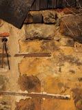 Steinwand des mittelalterlichen Sandes Stockbild