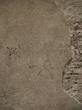 Steinwand mit Pflaster und Ziegelstein Lizenzfreies Stockbild