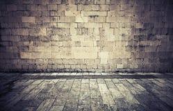 Steinwand und Pflasterung Instagram-Effekt Stockbilder