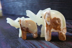 Steinzahlen des handgemachten Glückes der Elefanten! Steinzahlen des handgemachten Glückes der Elefanten! Lizenzfreies Stockbild