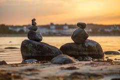 Steinzahlen nahe Binz/Ruegen lizenzfreies stockbild