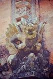 Steinzusammensetzung im Affe-Wald Stockbilder
