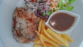 Stek jest międzynarodowym jedzeniem który może znajdujący w wiele miejscach zdjęcia stock