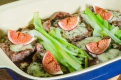 Stek z roquefort i śliwkami Zdjęcia Stock