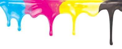 Stekflott för målarfärg för CMYK-färgpulverfärg som isolerades på vitt med urklippbanan, inkluderade royaltyfria bilder