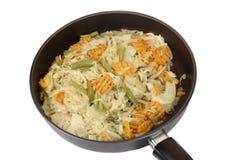 stekflott isolerad panna stewed grönsakwhit Arkivfoto