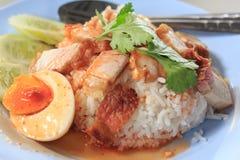 stekgriskött med ris Royaltyfri Bild
