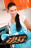 stekhet kakakökkvinna Royaltyfria Bilder