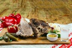 Stekknoge, griskött, mat Royaltyfri Foto