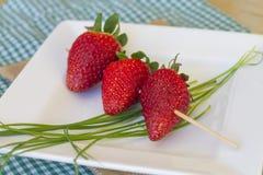 Steknål av jordgubbar Royaltyfri Bild
