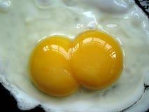 Yolk för två ägg Arkivbilder