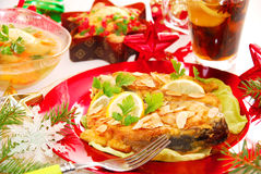 Stekt carp med mandelar för jul royaltyfria bilder