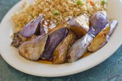 stekt kinesisk aubergine Royaltyfria Bilder