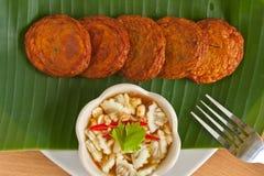 stekt kryddigt thai för cake fisk Royaltyfri Foto