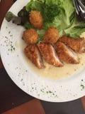 Stekt kyckling Cordon bleu Arkivfoto