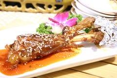 stekt mutton för porslin läcker mat arkivfoton
