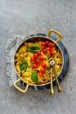 Stekt potatis med löken arkivfoto
