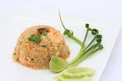 Stekt rice med skaldjur Arkivbild
