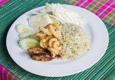 Stekt ris- och grisköttmellanmål Arkivbilder