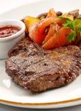 stekt steakveal Arkivfoto