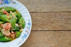 Stekt under omrörning zucchini royaltyfri fotografi