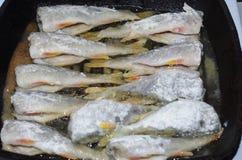 stekte fiskar Arkivbild