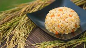 Stekte gjort och thailändskt stilkrabbakött för hemmet ris Royaltyfria Bilder